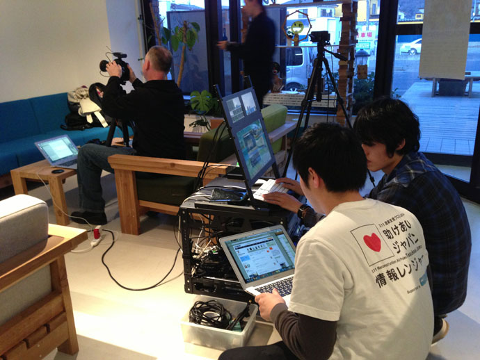 助けあいジャパンは積極的に、被災地でのデジタルでの情報記録と、地域の人々との交流を進めている。
